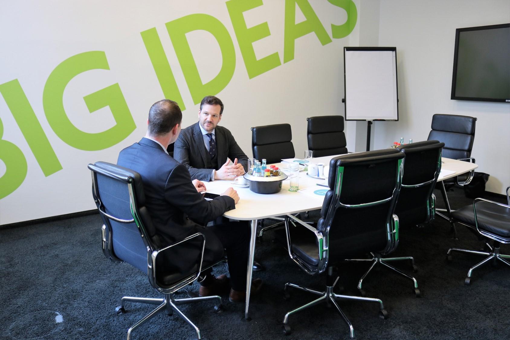 Wann GmbH-Gesellschafter einen Zustimmungsbeschluss beurkunden lassen müssen