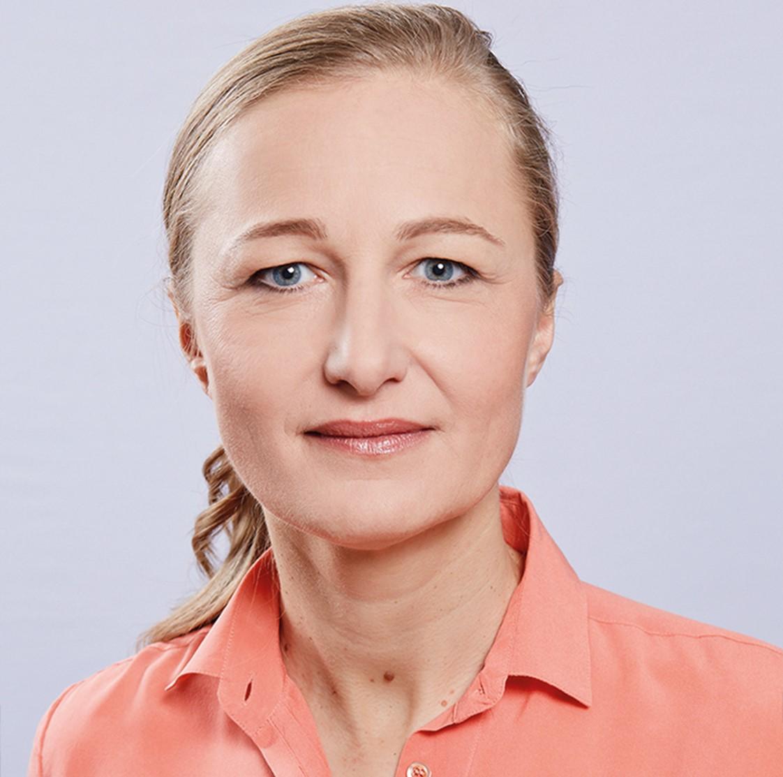 Dr. Sonja Kerschbaum